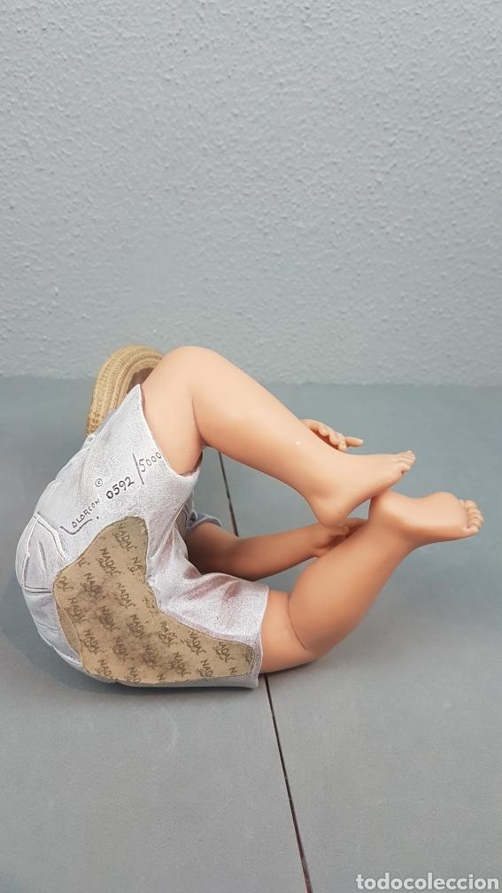 Vintage: Figura de niño sentado de cerámica Edición limitada de Nadal Studio Alarcon numerada 0592/5000. - Foto 6 - 233981435