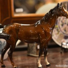 Vintage: CABALLO DE PORCELANA BESWICK. Lote 234097625
