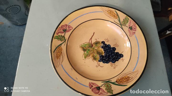2 PLATOS DE CERAMICA ANTIGUO (Vintage - Decoración - Porcelanas y Cerámicas)