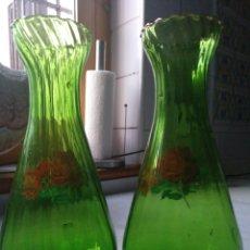 Vintage: PAREJA JARRONES, FLOREROS DE CRISTAL SOPLADO VINTAGE. Lote 262156405