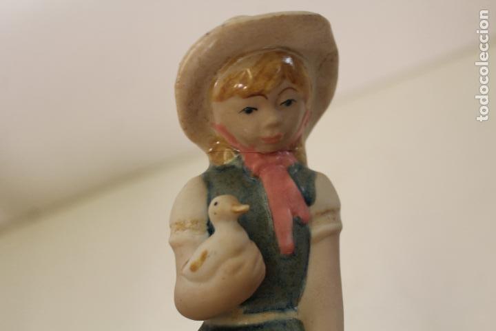 Vintage: niña con patos porcelana - Foto 2 - 262844040