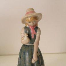 Vintage: NIÑA CON PATOS PORCELANA. Lote 262844040
