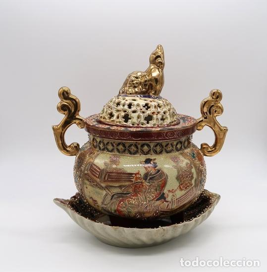 VASIJA QUEMADOR INCENSARIO Y BANDEJA CERAMICA PORCELANA CHINA SATSUMA STYLE (Vintage - Decoración - Porcelanas y Cerámicas)