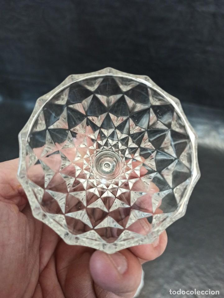 Vintage: Pequeña bombonera de cristal tallado en forma de pera. C60 - Foto 5 - 268596454