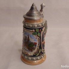 Vintage: JARRA DE CERVEZA DE LA CIUDAD ALEMANA MUNICH HECHA DE PORCELANA CON TAPA DE ZINC. Lote 273482453