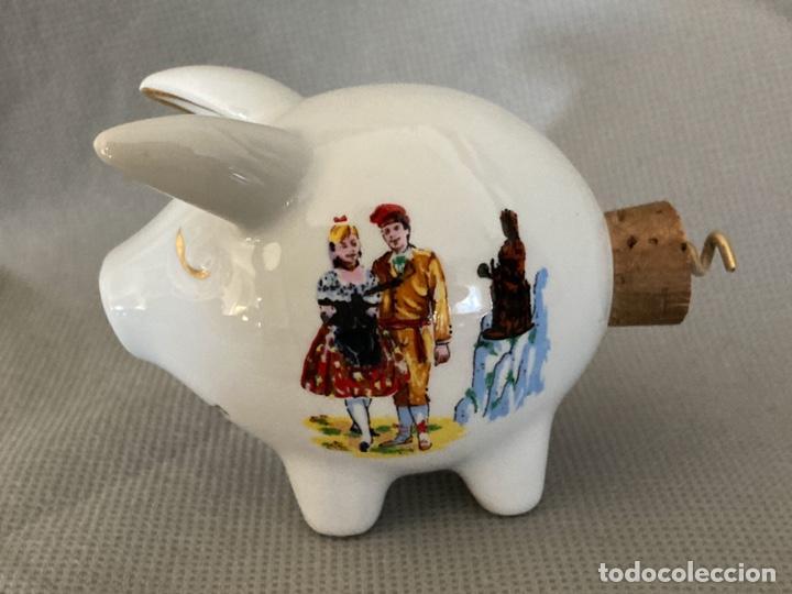 Vintage: Cerdito de porcelana decorada, salero, souvenir de Pont de Suert, años 60-70 - Foto 3 - 277169433