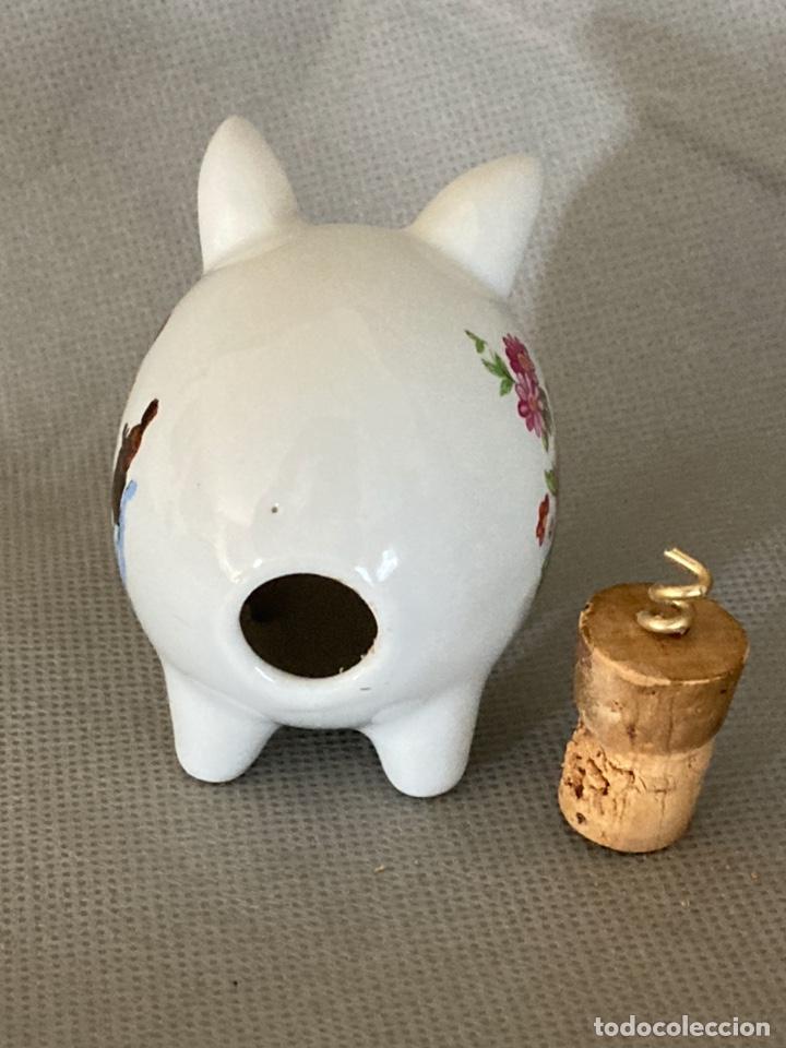 Vintage: Cerdito de porcelana decorada, salero, souvenir de Pont de Suert, años 60-70 - Foto 5 - 277169433