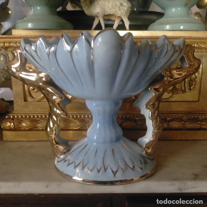 VINTAGE ANTIGUO FLORERO CERAMICA FILOS ORO JARRON CENTRO DE MESA 31X21X18 (Vintage - Decoración - Porcelanas y Cerámicas)