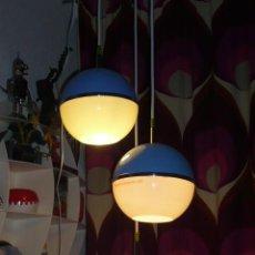 Vintage: LAMPARA TECHO ESFERAS PLASTICO DISEÑA RETRO-LAMPARAS. Lote 11436584