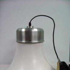 Vintage: LAMPARA DE COCINA EN METAL VINTAGE AÑOS 60 CABLE ORIGINAL. Lote 27562421