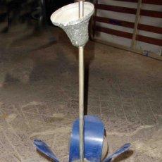 Vintage: LAMPARA DE TECHO DE HIERRO Y METACRILATO. Lote 32899666