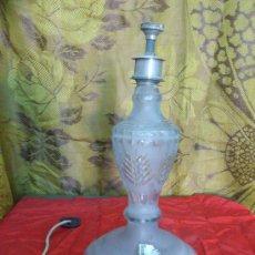 Vintage: ANTIGUA LAMPARA DE MESA DE CRISTAL. 30 CM. DE ALTO.... Lote 32925807