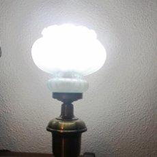 Vintage: M69 LAMPARA DE SOBREMESA AÑOS 50. Lote 34465288