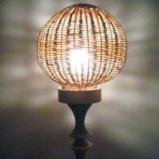 Vintage: ANTIGUA LAMPARA DE MESA AÑOS 50 VINTAGE. Lote 35557454