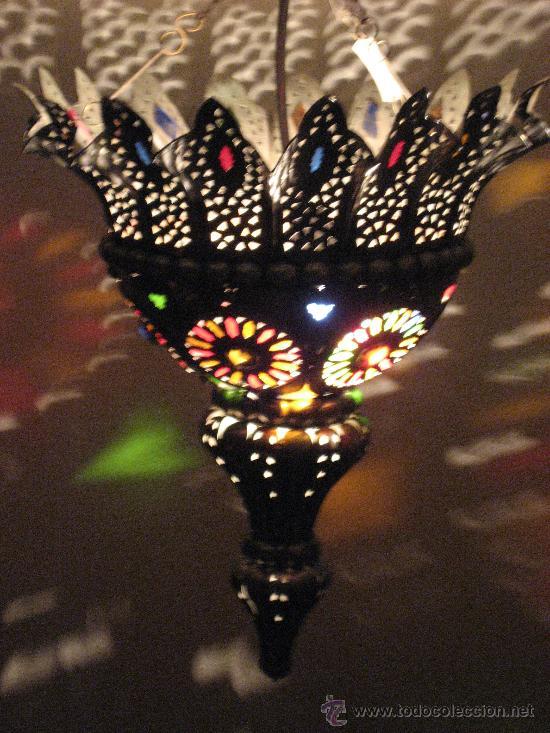 lampara de techo arabe marruecos metal y cristal de colores diametro base cms altura cms