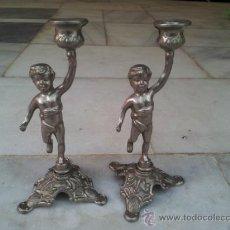 Vintage: PAREJA DE CANDELABROS PORTAVELAS EN CALAMINA. Lote 36994260