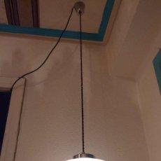 Vintage: LAMPARA TECHO OPALINA BLANCA ESTILO RETRO ESPAÑOL. Lote 37792335
