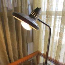 Vintage: M69 LAMPARA FASE DE SOBREMESA TIPO FLEXO INDUSTRIAL EN GRIS METALICO UNICA!!!!!. Lote 37981878