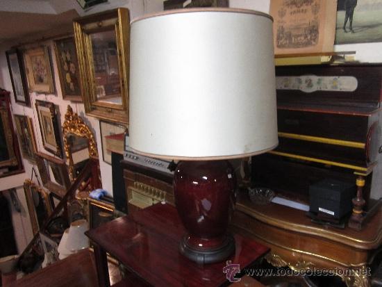 GRAN LÁMPARA DE SOBREMESA, CON PIE DE PORCELANA. POSIBLEMENTE CANTONESA. TULIPA CON ALGUNA MANCHITA. (Vintage - Lámparas, Apliques, Candelabros y Faroles)
