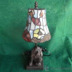 Vintage: LAMPARA FIGURA DE PERRO LAMPARA ESTILO TIFFANY. Lote 38511826