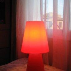 Vintage: ORIGINAL LAMPARA SOBREMESA COLOR ROJO.. Lote 78402659