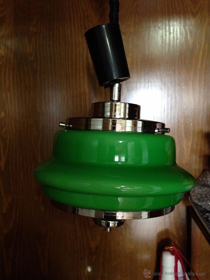 Vintage: Lámpara de techo / cocina años 70 opalina verde Hermanos Gianelli - Foto 7 - 39834946