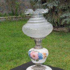 Vintage: LAMPARA QUINQUÉ EN METAL Y CERÁMICA ALTURA 62 CM.. Lote 41538964