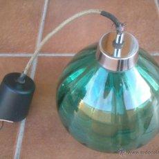 Vintage: DECORATIVA LAMPARA DE CRISTAL VERDE BOTELLA. Lote 43064349
