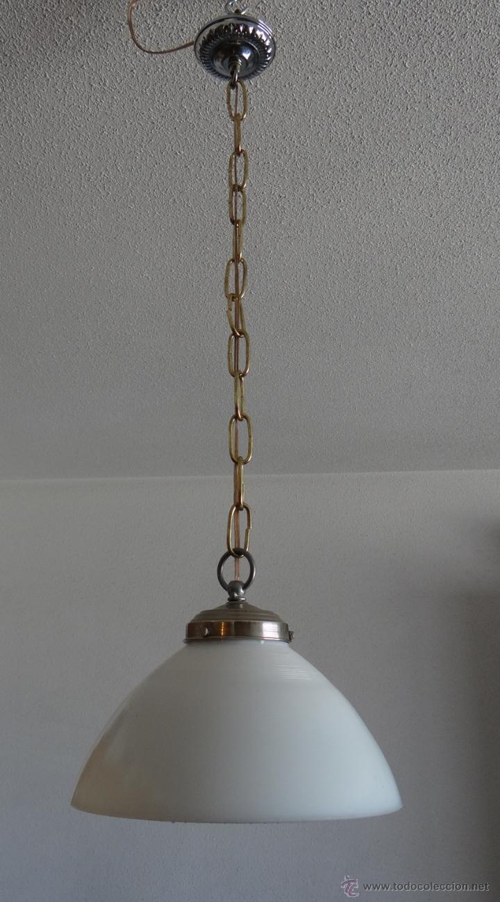Vintage: LAMPARA CON TULIPA DE OPALINA BLANCA - VINTAGE - FUNCIONANDO - - Foto 2 - 43455038