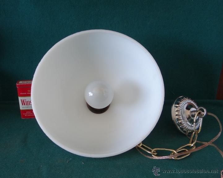 Vintage: LAMPARA CON TULIPA DE OPALINA BLANCA - VINTAGE - FUNCIONANDO - - Foto 10 - 43455038