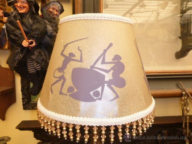 Vintage: LAMPARA DE SOBREMESA CON EL PIE DE MADETA TALLADA EN COLOR ORO VIEJO Y LA PANTALLA NUEVA. - Foto 5 - 44783750