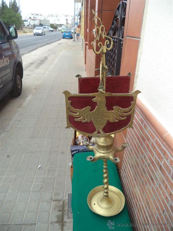 Vintage: antiguo velon de bronce con escudo - Foto 2 - 44898636