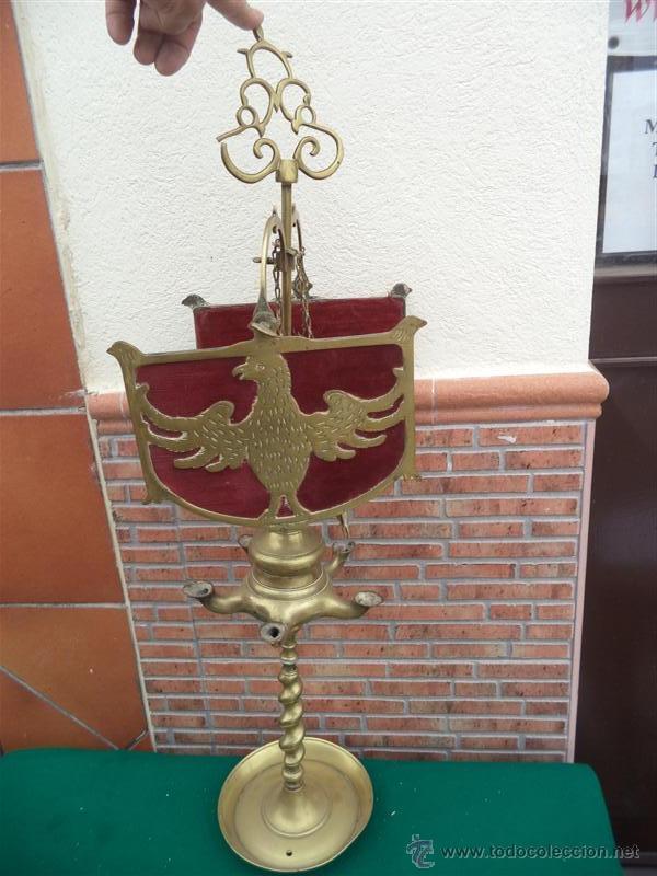 Vintage: antiguo velon de bronce con escudo - Foto 3 - 44898636