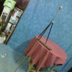 Vintage: TRIPODE PLEGABLE REUTILIZADO COMO LAMPARA. Lote 45163908