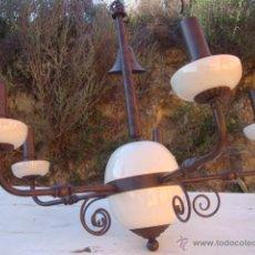 Vintage: LAMPARA DE TECHO DE HIERRO Y CERÁMICA. Lote 46073846
