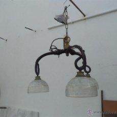 Vintage: LAMPARA DE HIERRO FORJA. Lote 46362168