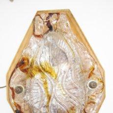 Vintage: LAMPARA APLIQUE PARED EN CRISTAL DE MURANO MAZZEGA SOBRE MADERA AÑOS 60. Lote 47546556