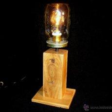 Vintage: LÁMPARA MESA EN MADERA NOGAL BOMBILLA EDISON.WALNUT WOOD TABLE LAMP BULB EDISON. Lote 47547953