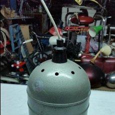 Vintage: LAMPARA VINTAGE INDUSTRIAL,PINTURA ESPECIA MARTELE,AÑOS 60. Lote 49143669
