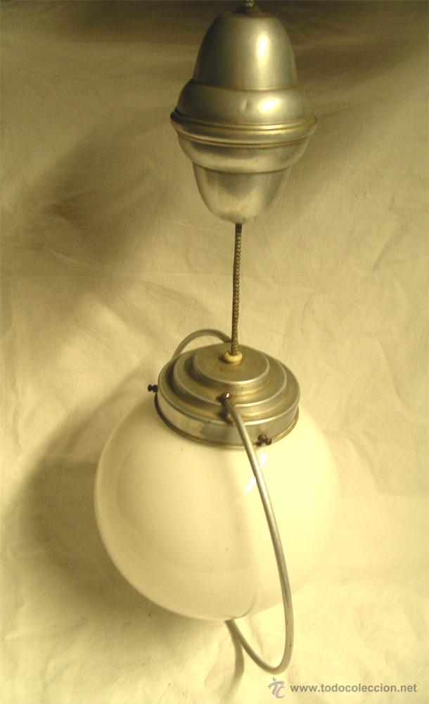 Vintage: Lampara techo Sube y baja, globo opalina blanca, años 60. Med. 50 x 28 cm - Foto 4 - 50284562