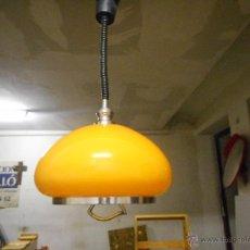 Vintage: GRAN LAMPARA VINTAGE NARANJA 40 CM DIAMETRO SUBE Y BAJA FUNCIONANDO BIEN COLOR MUY VIVO. Lote 50796040