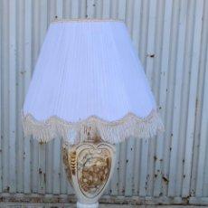 Vintage: LAMPARA DE SOBREMESA CON PIE DE PORCELANA. Lote 51672923