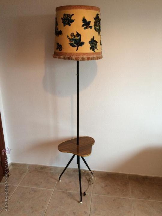 ANTIGUA LAMPARA DE PIE. VINTAGE ORIGINAL AÑOS 50 (Vintage - Lámparas, Apliques, Candelabros y Faroles)