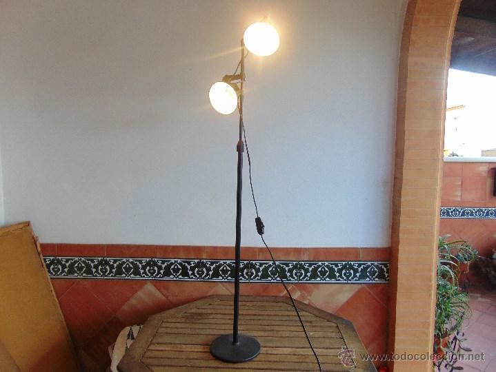 DE FASE POSICIONES FOCOS FOCOS LA ALTURA DE REGULABLE DE DE EN Y LAMPARA LOS 2 MARCA PIE Nn0mw8