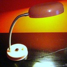 Vintage: LÁMPARA MESA VINTAGE FLEXO COLOR ROSA EN METAL. Lote 56370061