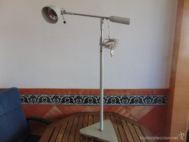 LAMPARA DE PIE, CLINICA MEDICO O SIMILAR FABRICADO POR AGI IMSA VALENCIA (Vintage - Lámparas, Apliques, Candelabros y Faroles)