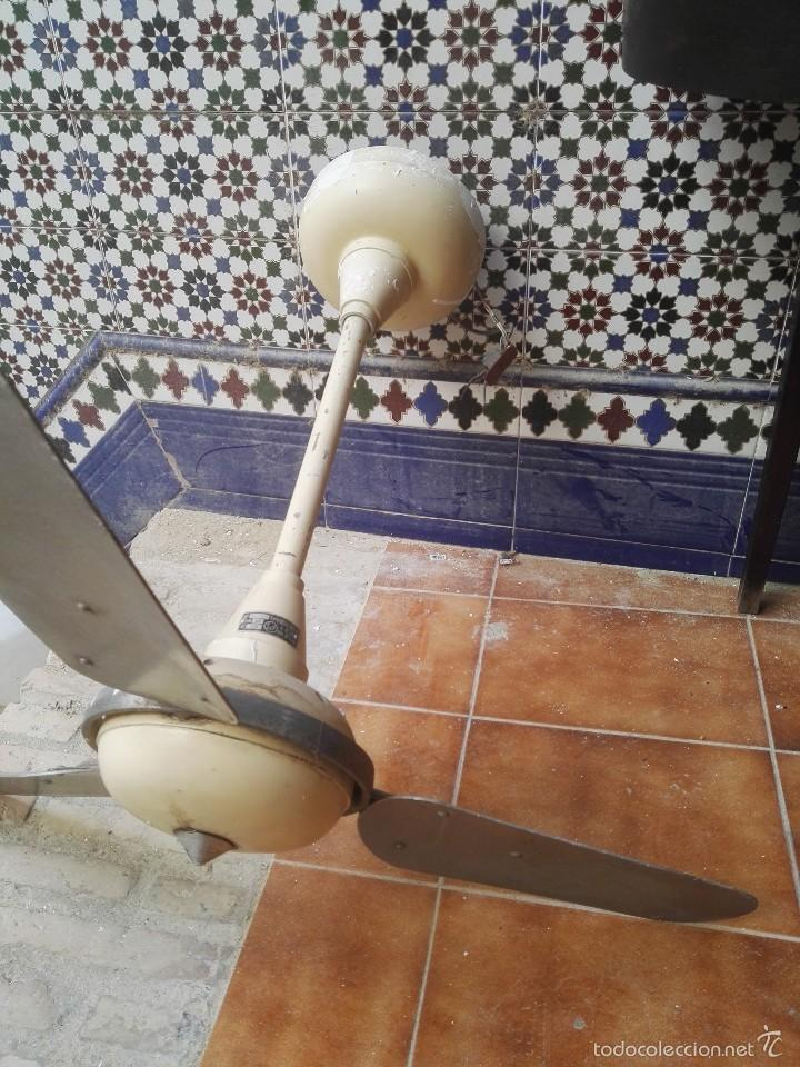 VENTILADOR ANTIGUO (Vintage - Lámparas, Apliques, Candelabros y Faroles)