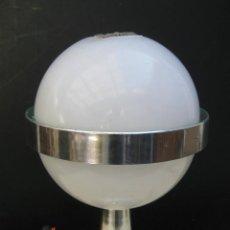 Vintage: ORIGINAL LAMPARA SPACE AGE TIPO ESTILO SATURNO DISEÑO ITALIANO CROMO Y BLANCO. Lote 58349782