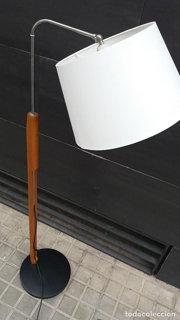 Vintage: Lámpara de pie años 70 madera y metal. Estilo Milà, Santa & Cole, Metalarte, Fase, Tramo.... - Foto 2 - 66183234