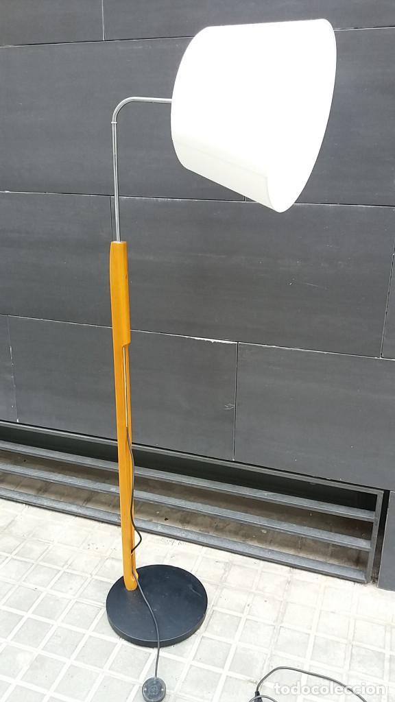 Vintage: Lámpara de pie años 70 madera y metal. Estilo Milà, Santa & Cole, Metalarte, Fase, Tramo.... - Foto 4 - 66183234